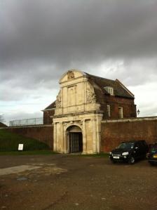 Tilbury gate